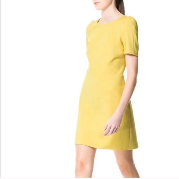 2 for $40 🌷 Zara power yellow dress